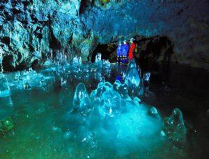 洞窟探検 事故