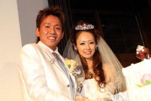 中須賀克之の嫁