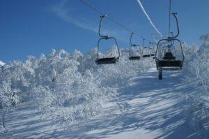 スキーリフト怖い