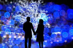 クリスマスのデートの誘い方