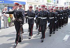 海兵隊と海軍の違い